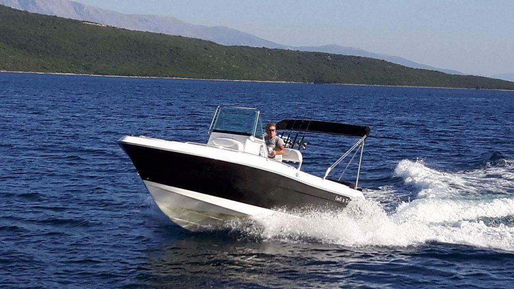 Sport Boat Charter Lefkas , rent a boat